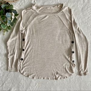 Promesa cream sweater with buttons on sides